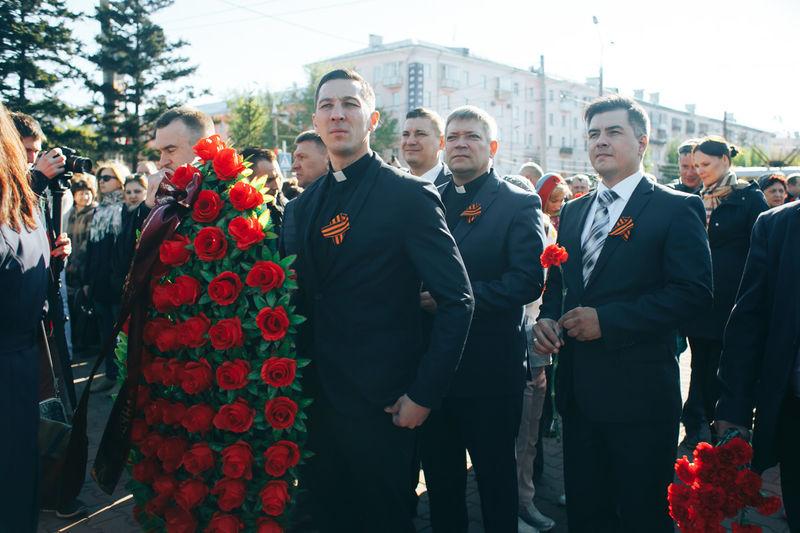 В День Победы пасторы евангельских церквей г.Барнаула возложили венки у Мемориала славы