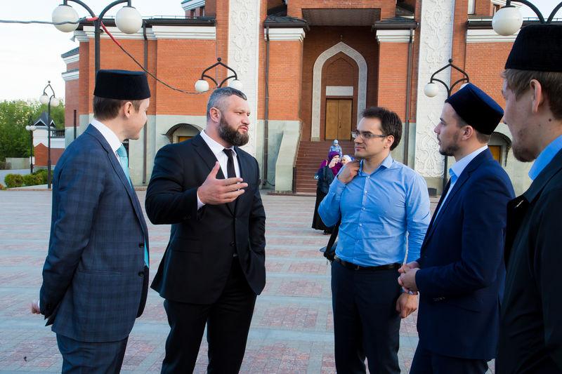 Епископ Михаил Антонов поздравил мусульман столицы с началом месяца Рамадан