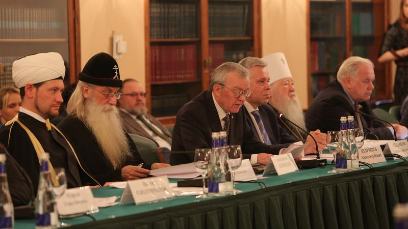 На конференции РАРС епископ Сергей Ряховский отметил благотворную роль закона «О свободе совести…», принятого в 1997 году