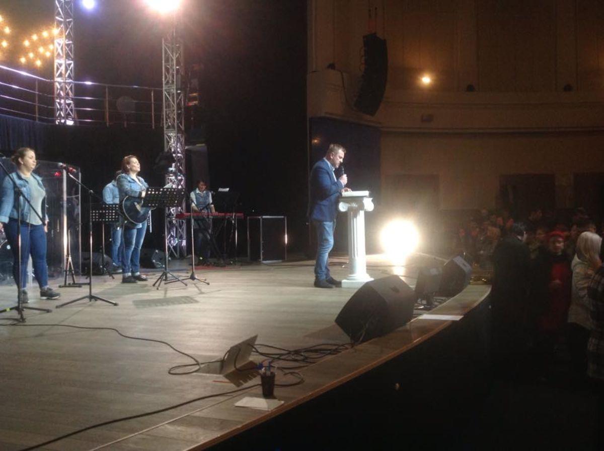 В Санкт-Петербурге провели марафон «Библия за 72 часа»