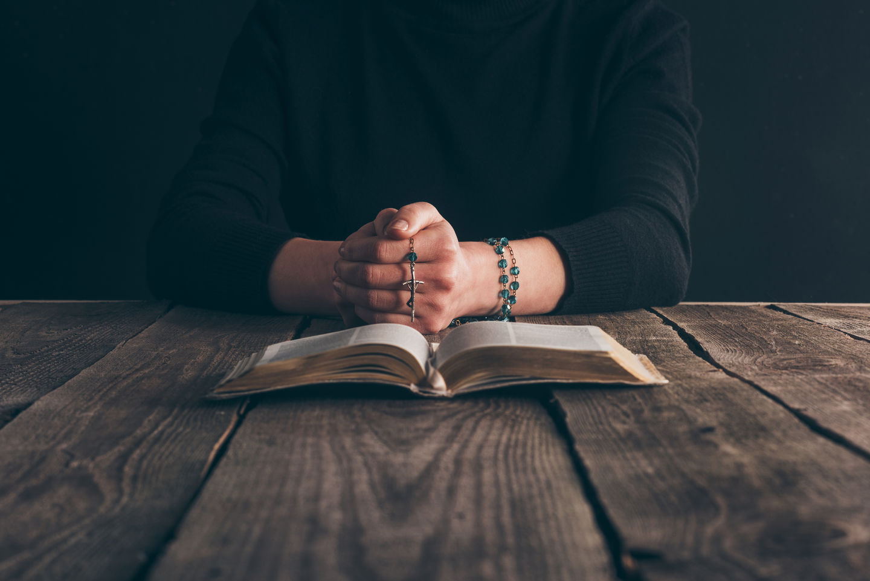 9 библейских фактов о молитве
