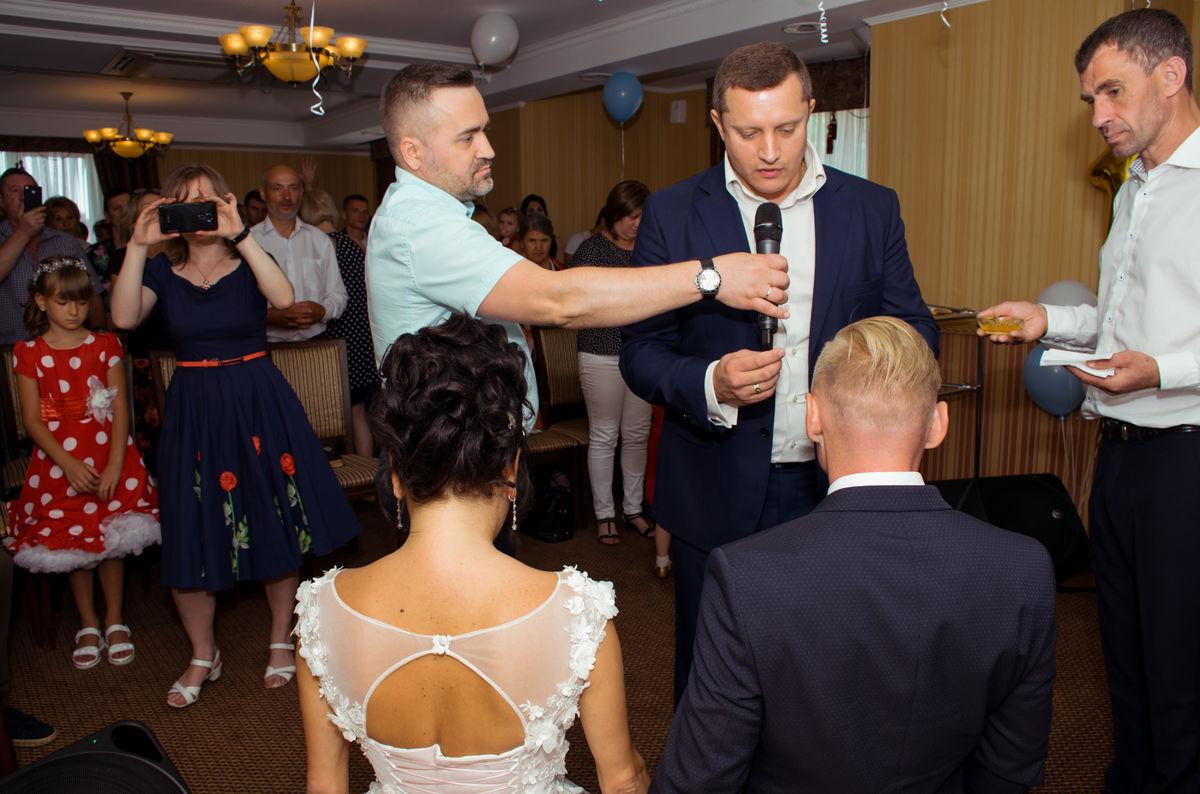 Ростовская церковь «Страна свободы» отпраздновала первый юбилей и свадьбу пастора