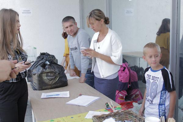 Около 200 человек получили социальную поддержку в «Слове жизни» Москва к началу учебного года