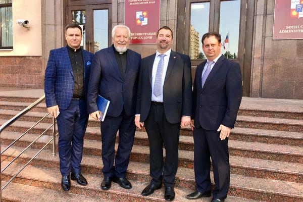 Епископ Сергей Ряховский принял участие в молитвенном завтраке в Сочи