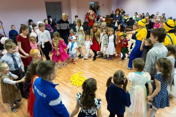 Фонд «Преображение» поздравил детей Социально-реабилитационного центра
