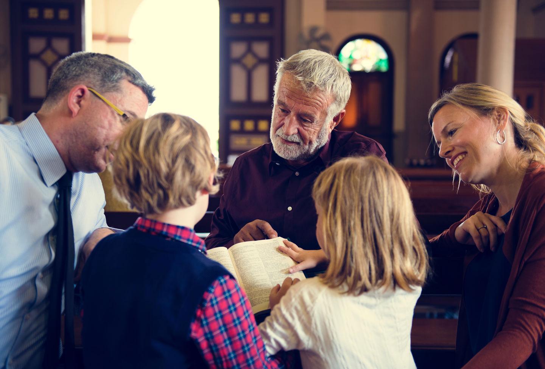 Четыре отличия современной церкви от первоапостольской